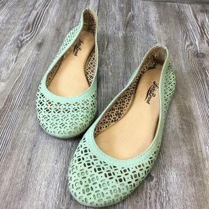 Lucky Brand Laser Cut Leather Flats Size 7